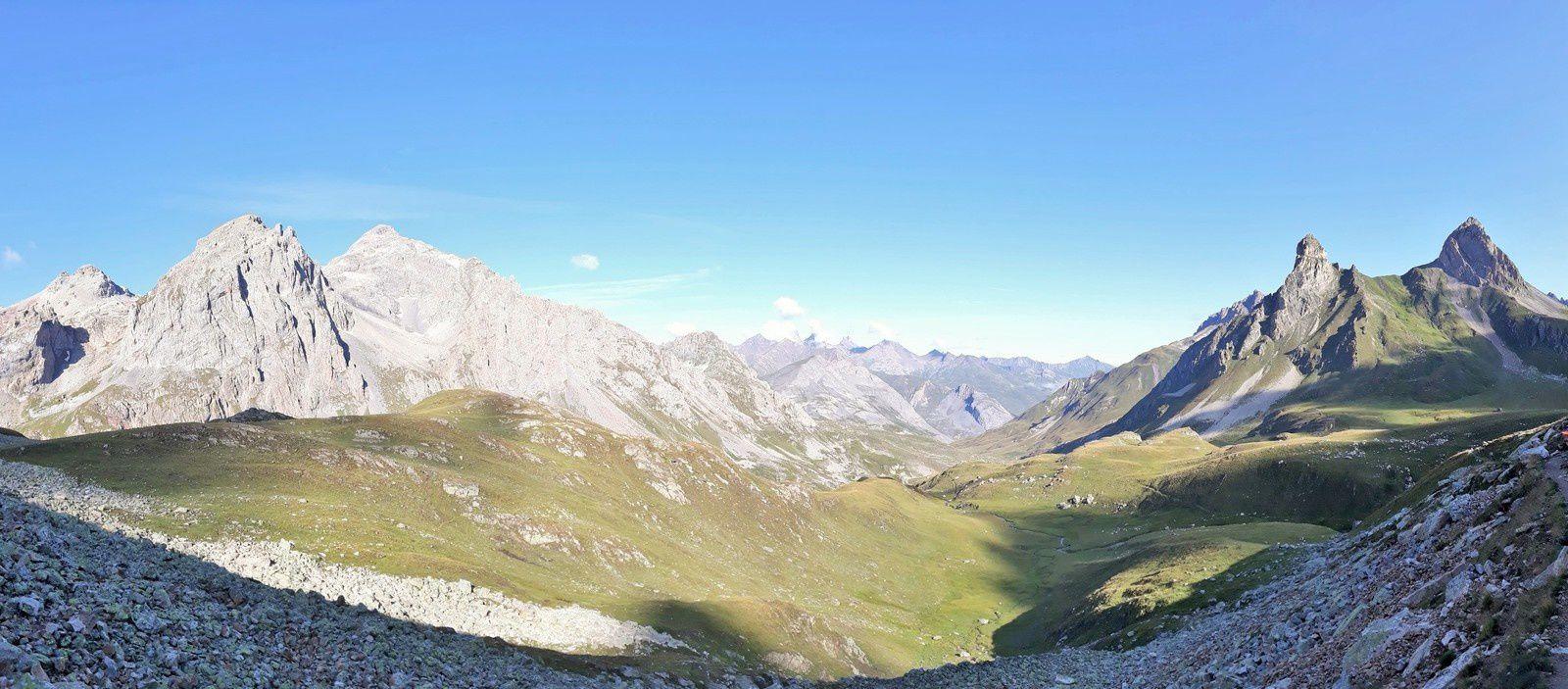 Le tour des Cerces en 2 jours,par La-Haut Rando, Valloire Galibier Nevache