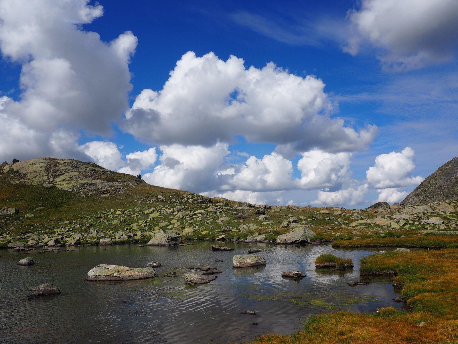 Le Grands lacs, Valmenier ,La Neuvache.