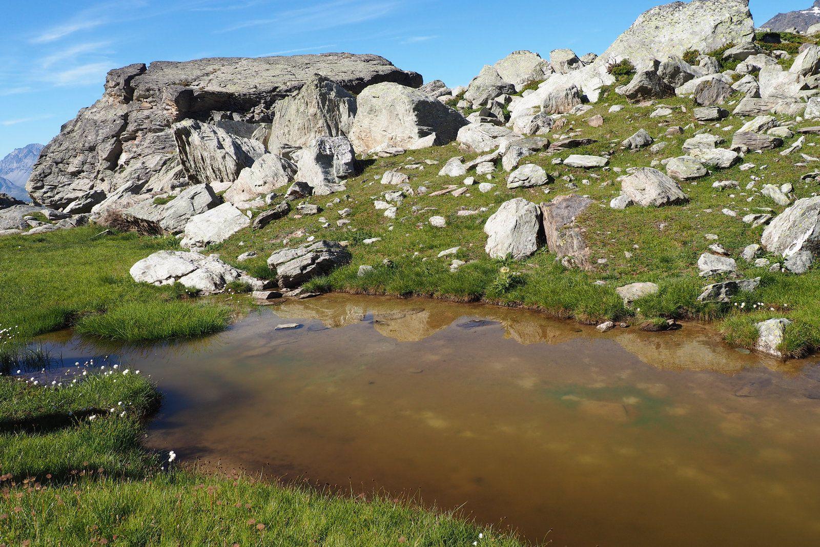 Le lac de La Partie à ma façon avec La-Haut Rando.