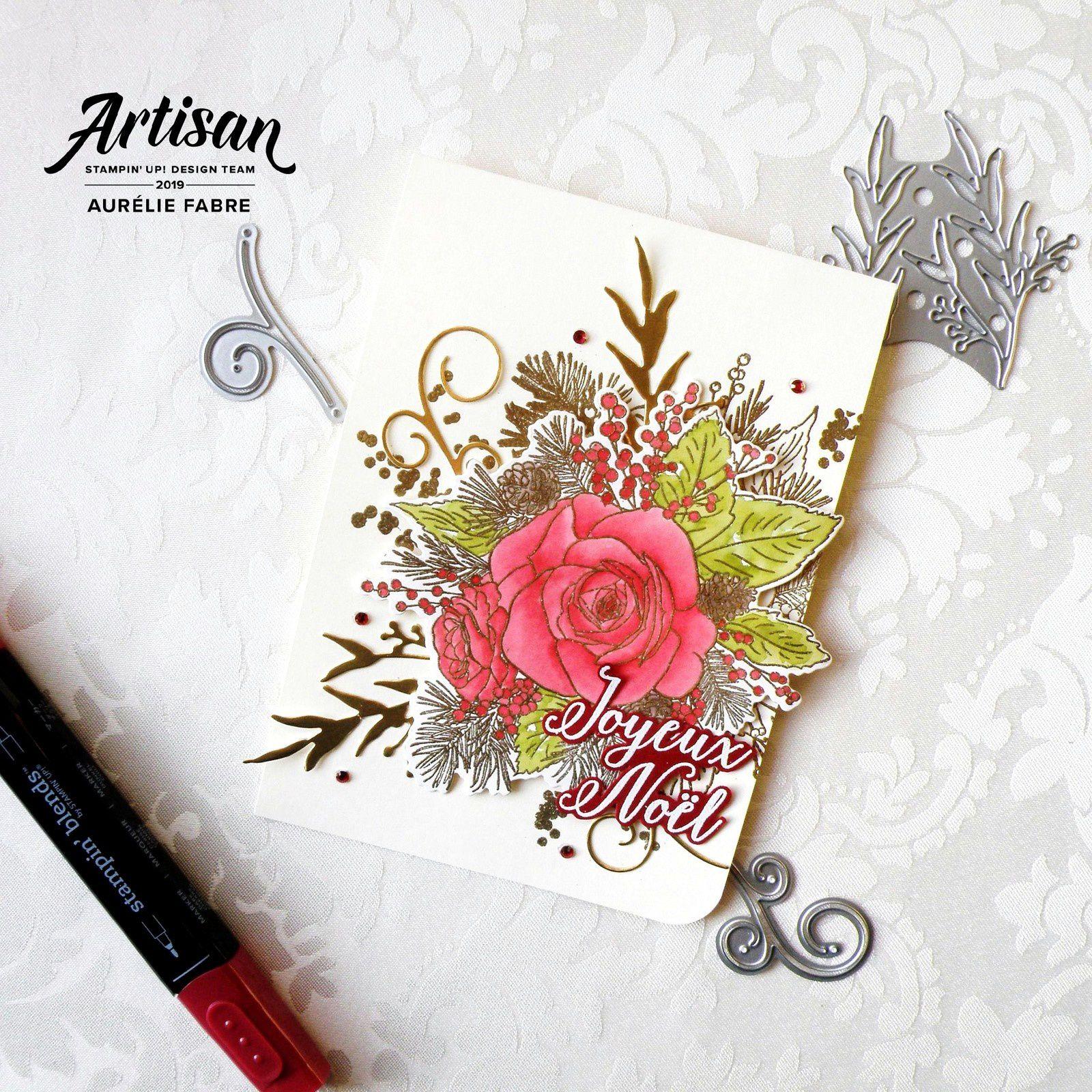 Rose De Noël D'or et de Carmin