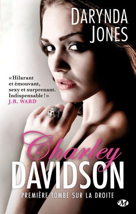 Charley Davidson, tome 1: Première tombe sur la droite de Darynda Jones