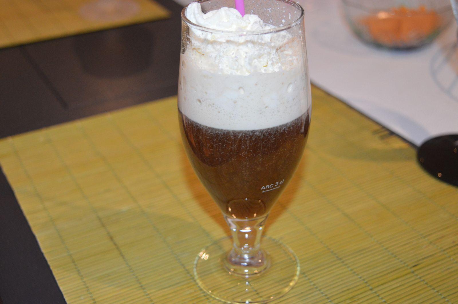 Irish coffee, une recette au café délicieuse et raffinée.