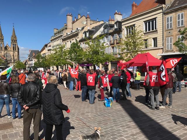 La manifestation à Moulins (merci à Alain Martin pour ces deux photos).
