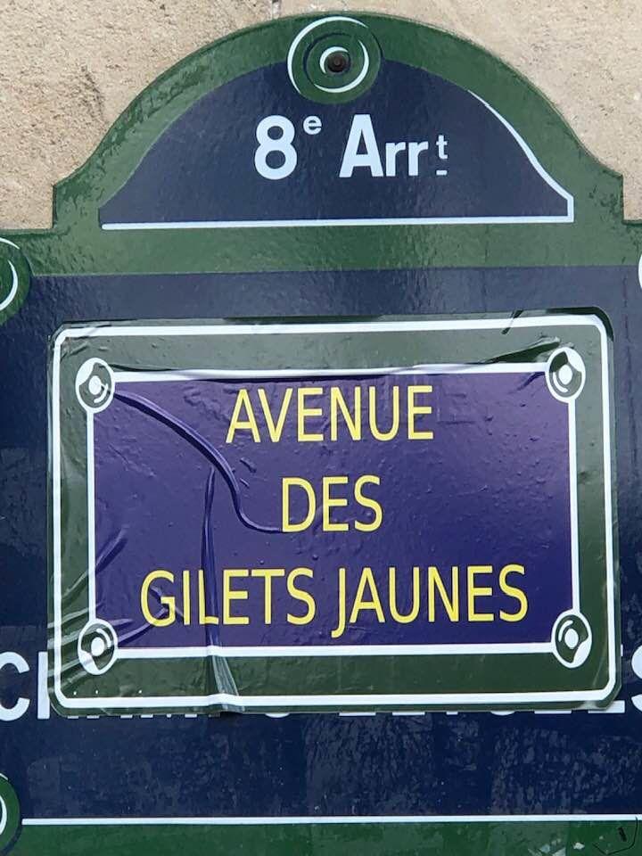 Le peuple français s'est réapproprié Paris, dont des Champs-Elysées rebaptisés…
