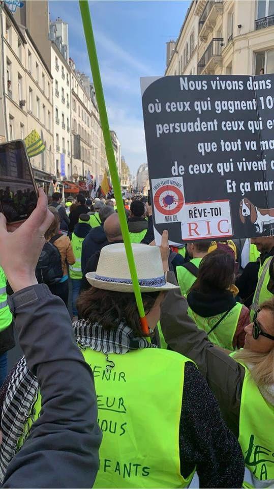 Acte XXI : des Gilets jaunes dans les rues de Paris