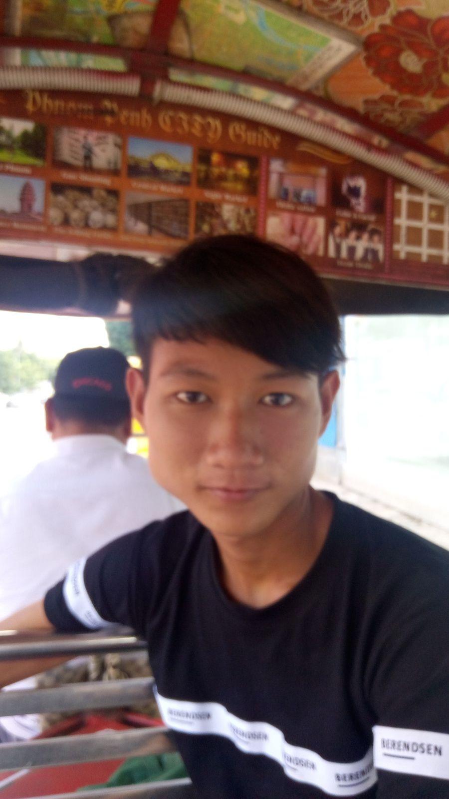 départ en tuk tuk pour l'hopital à Phnom Penh