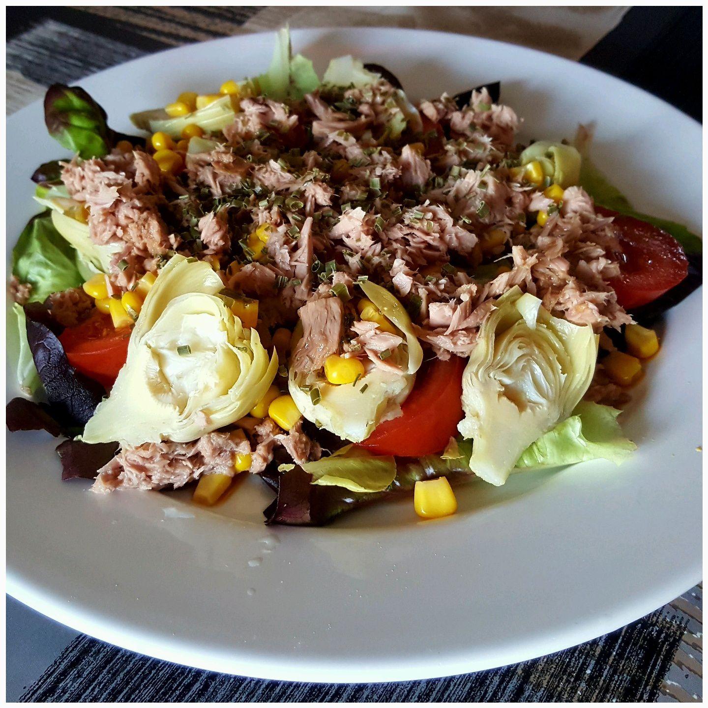 Salade composée cœurs d'artichaut / thon