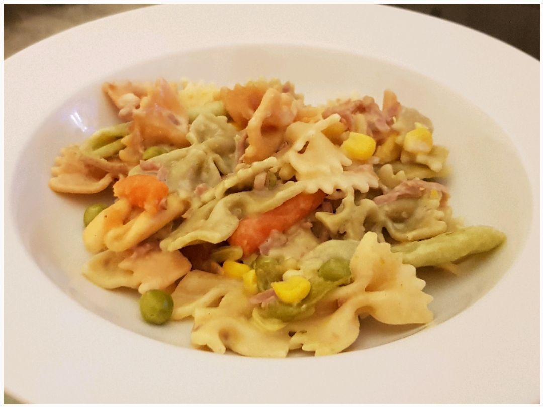 Pâtes tricolores aux légumes et au râpé de jambon (Cookeo)