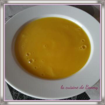 Soupe jaune ou soupe aux courgettes jaunes au curry WW (Cook'in )