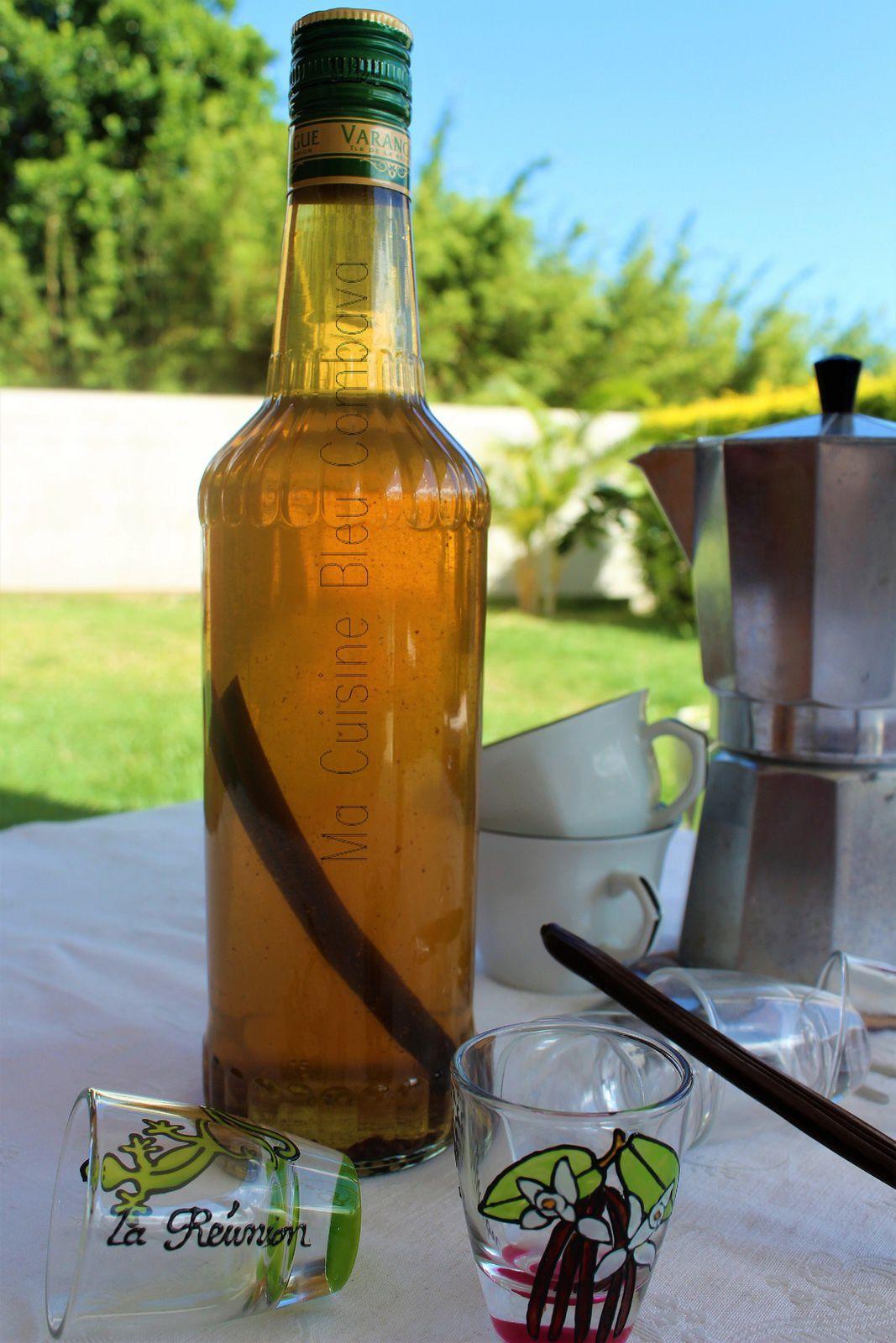 Rhum Arrangé à la Vanille Bleue - Réunion-