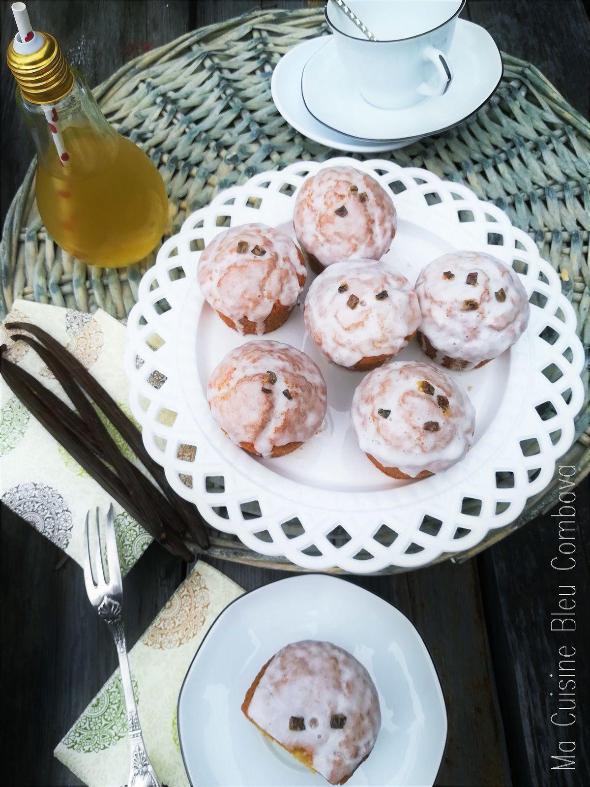 Muffins à la Vanille Bleue, Glaçage léger au Géranium