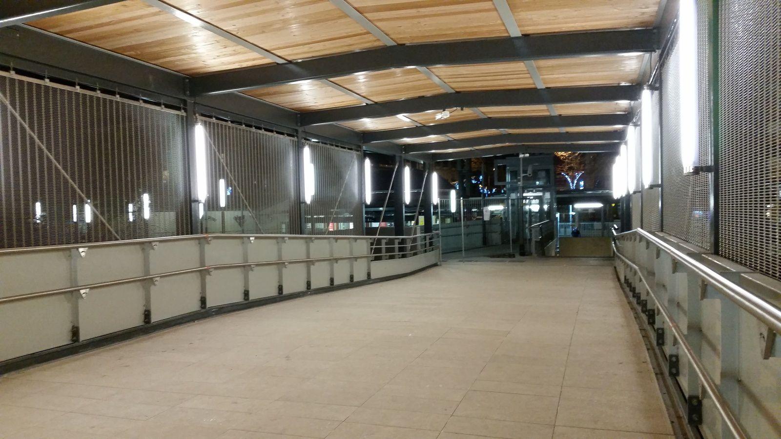 COLOMBES : La gare des vallées fait peau neuve avec sa nouvelle passerelle