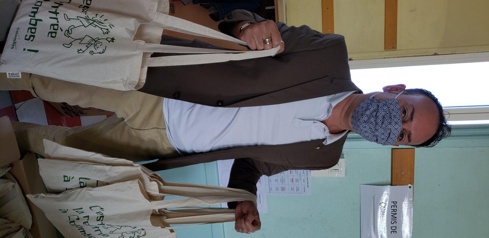Colombes : une rentrée scolaire bien équipée pour les enfants avec un kit de fournitures