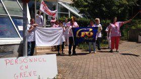 Le personnel de la maison de retraite de Tauves en grève.