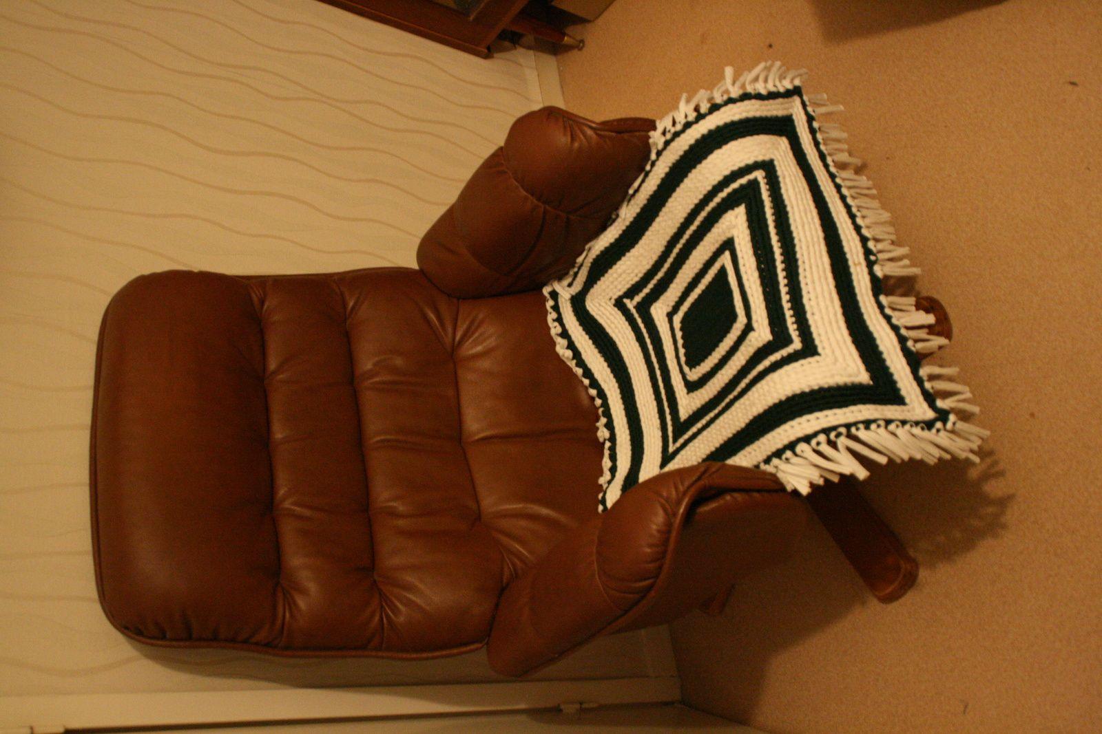 carré déco avec laine en tissu.