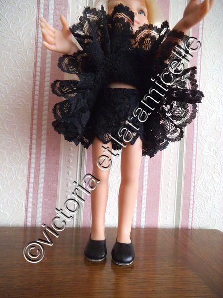 tuto gratuit couture poupée: culotte en dentelle noire , très facile à réaliser