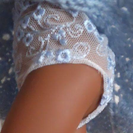 tuto gratuit couture pour poupée: petite culotte en dentelle; très facile à réaliser ; défi de Dane