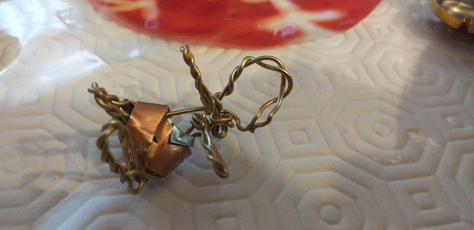 petites choses faites dans une capsule de champagne