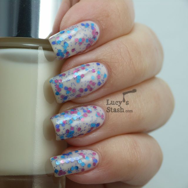 Jelly sandwich combo with Clinique 01 Call My Buff and OPI Polka.com