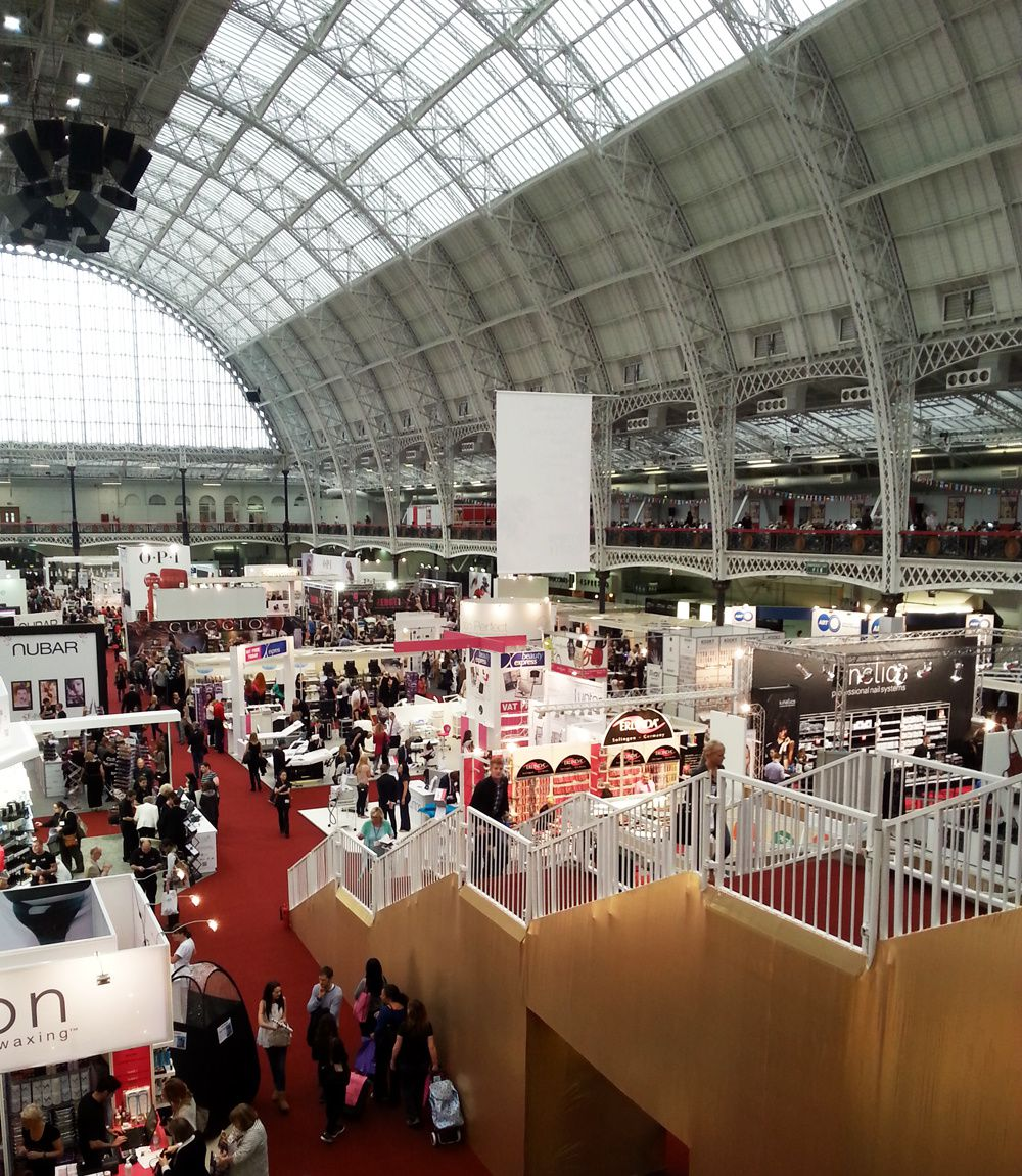 Olympia Beauty Exhibition 2013! Photo report and haul pictures