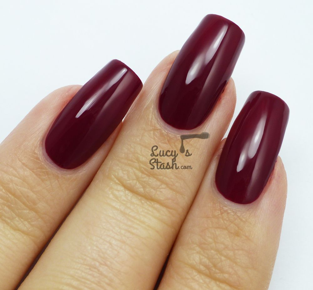CND VINYLUX™ Forbidden Collection - Review & swatches