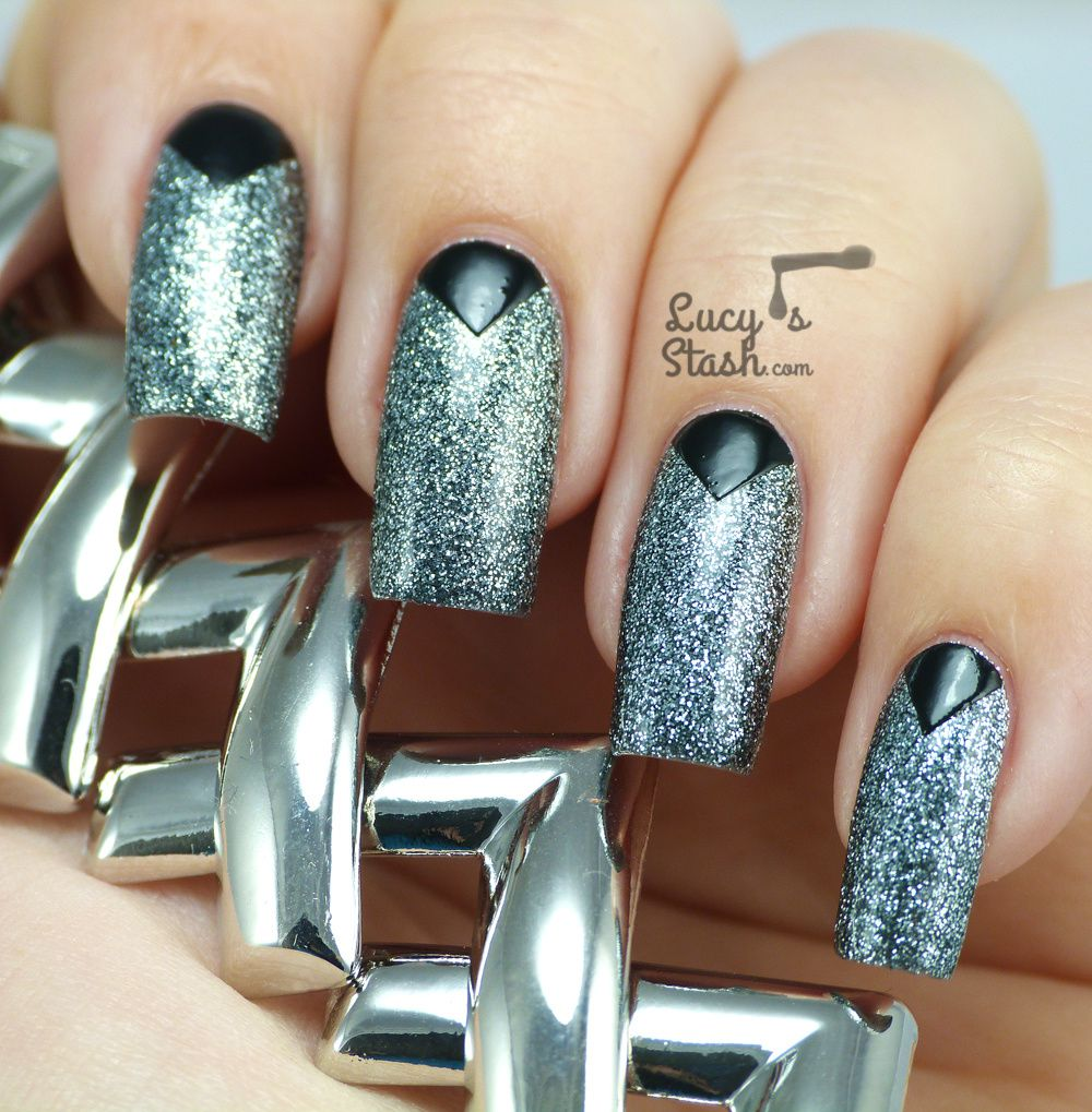 piCture pOlish Monday: Chevron Nail Art Design