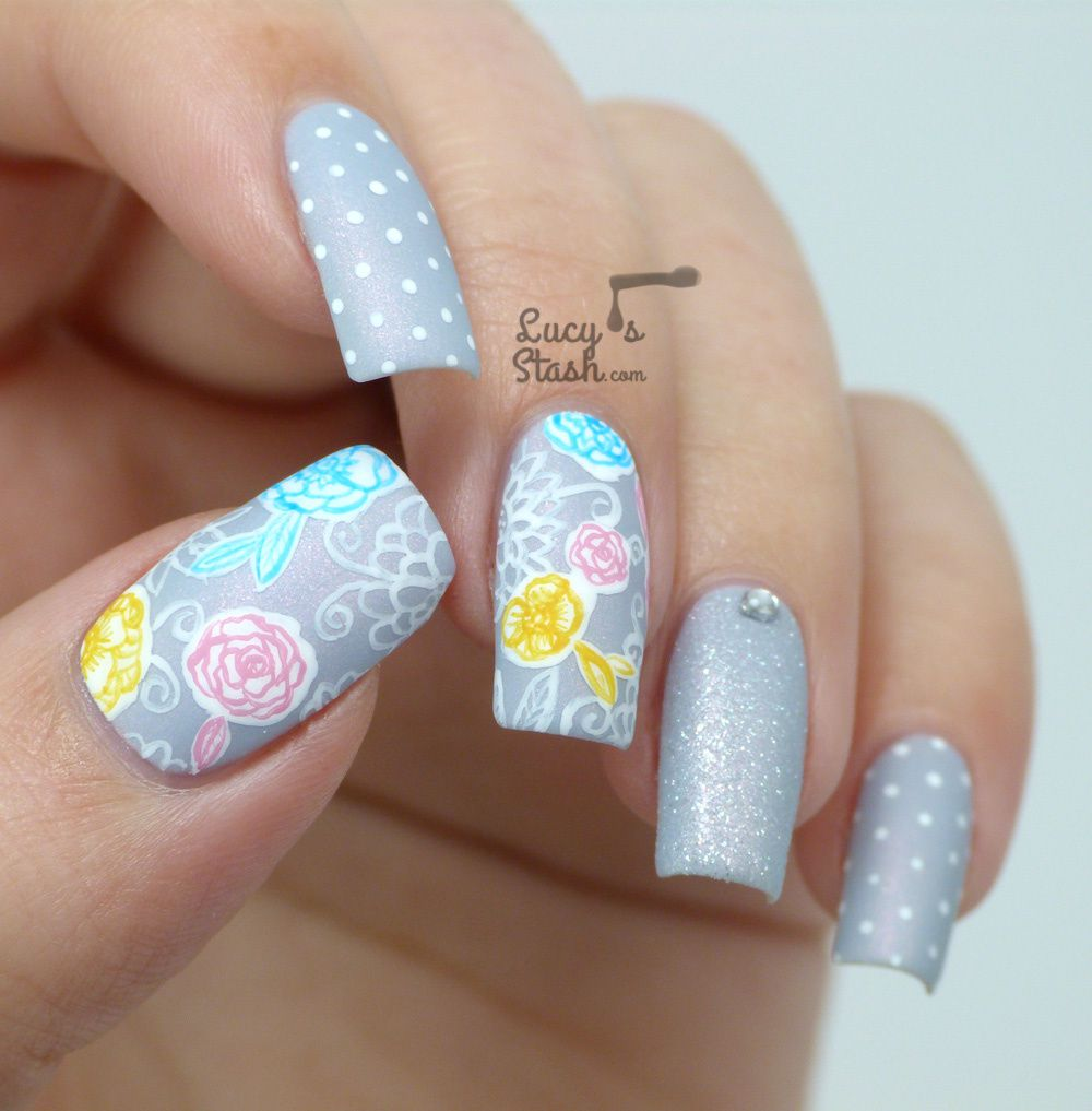 Tutorial: How to create intricate designs on your dominant hand + Floral mix & Match Nail Art