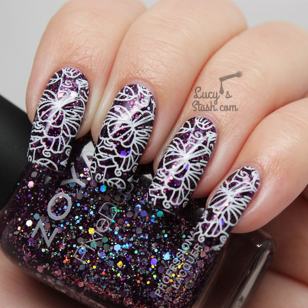Lost in flowers | Floral Stamping Nail Art