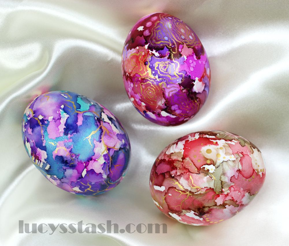 Tutorial: Marbled Easter Eggs with Gold Accents