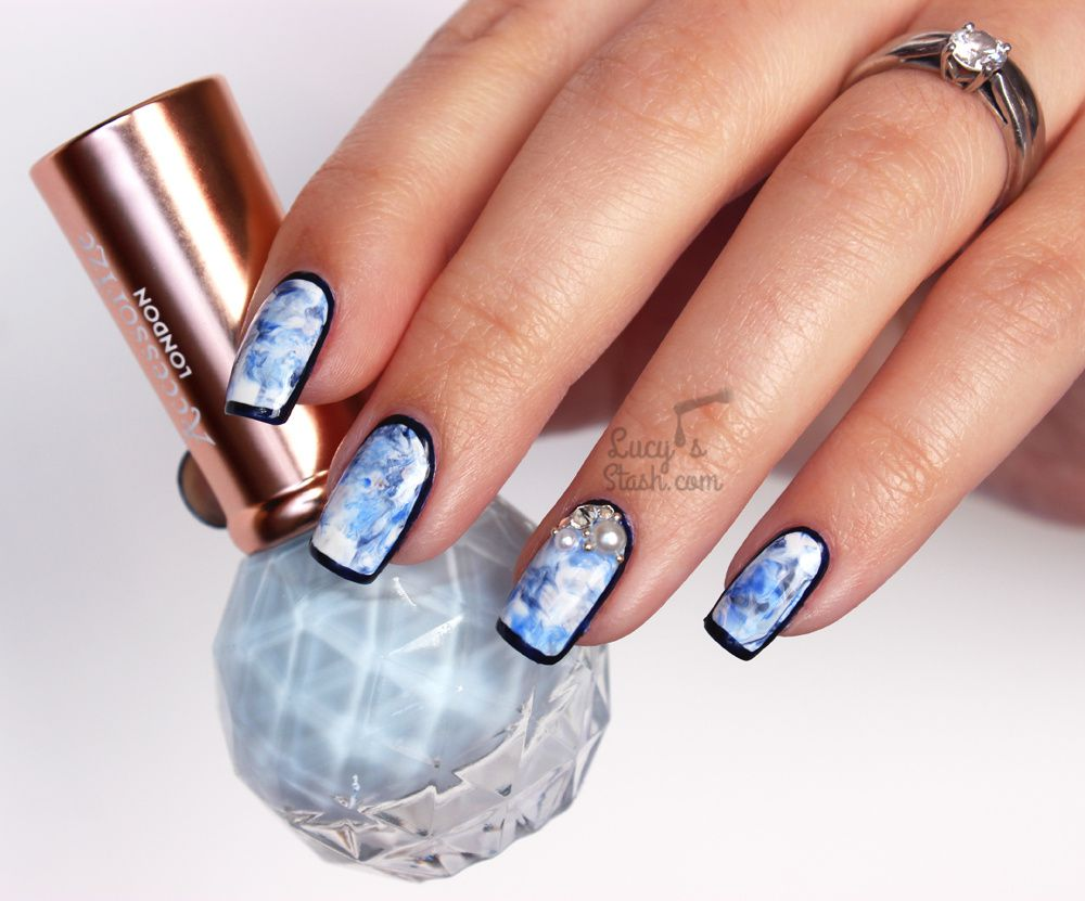 Marbled & Framed Nails & TUTORIAL feat. Accessorized Polishes