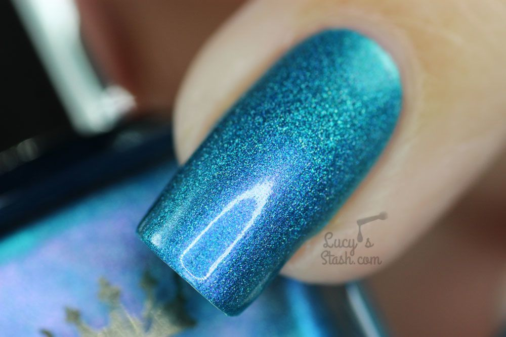 A England Whispering Waves   Review & Swatches