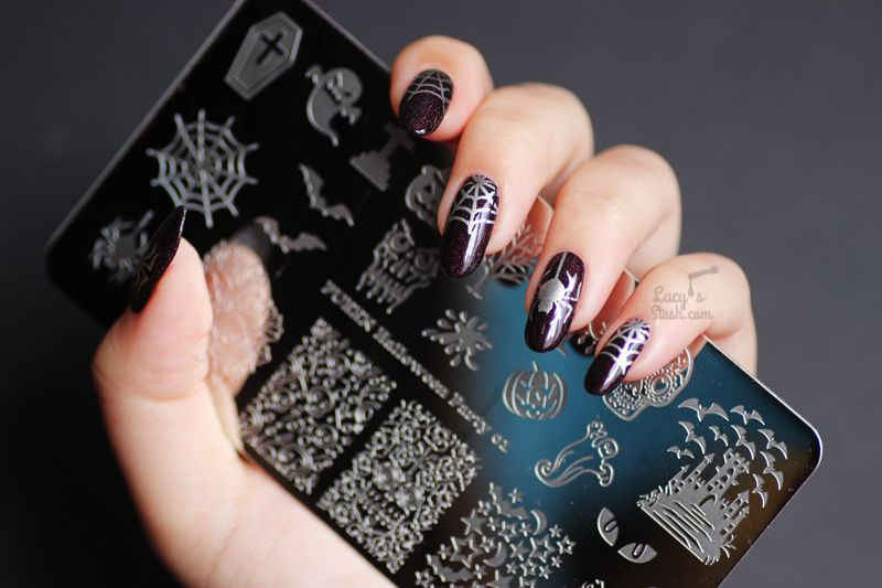 Spider & Web Nails: Simple Stamping Nail Art feat. A England In Robe And Crown