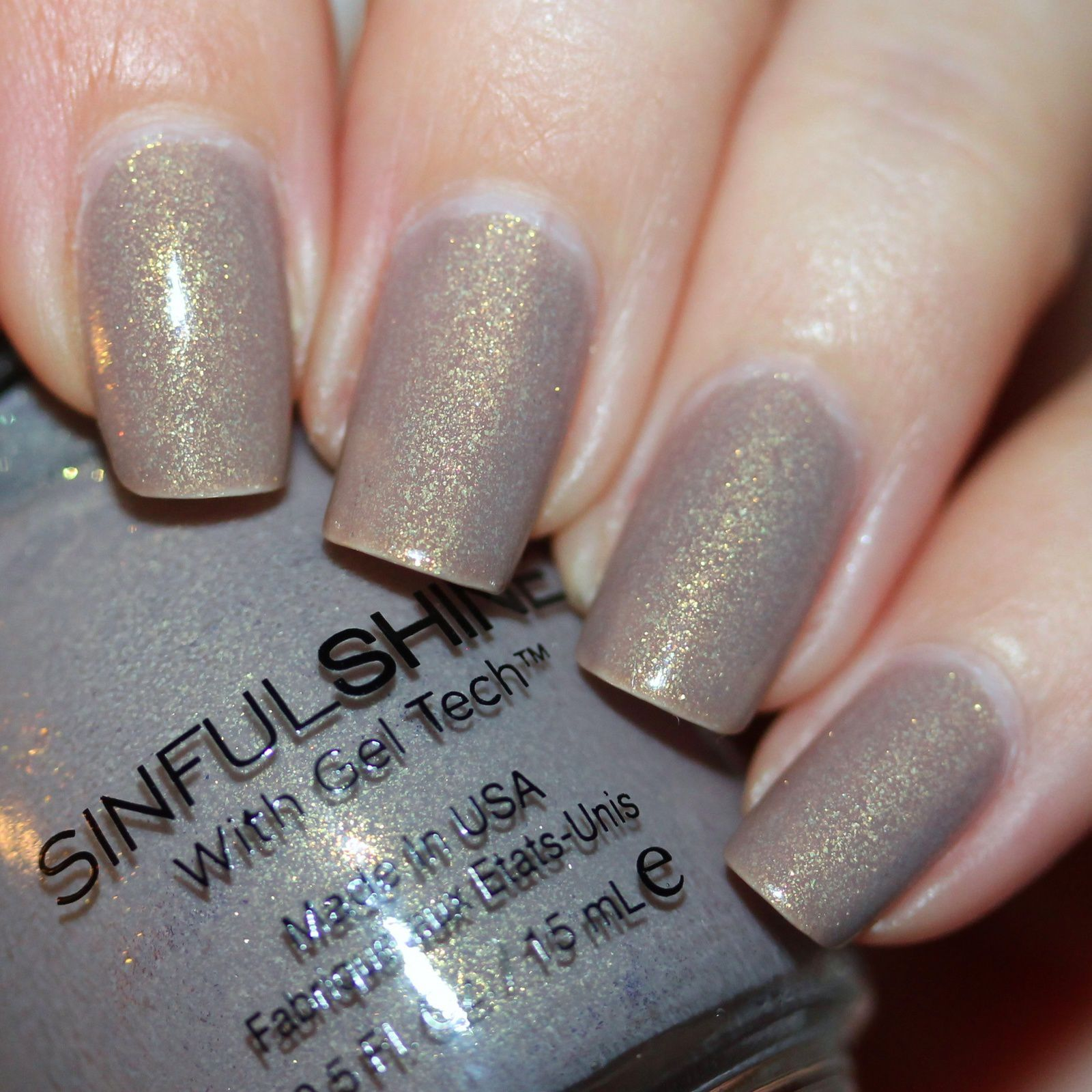 Essie Protein Base Coat / Sinful Colors Prosecco / Poshe Top Coat