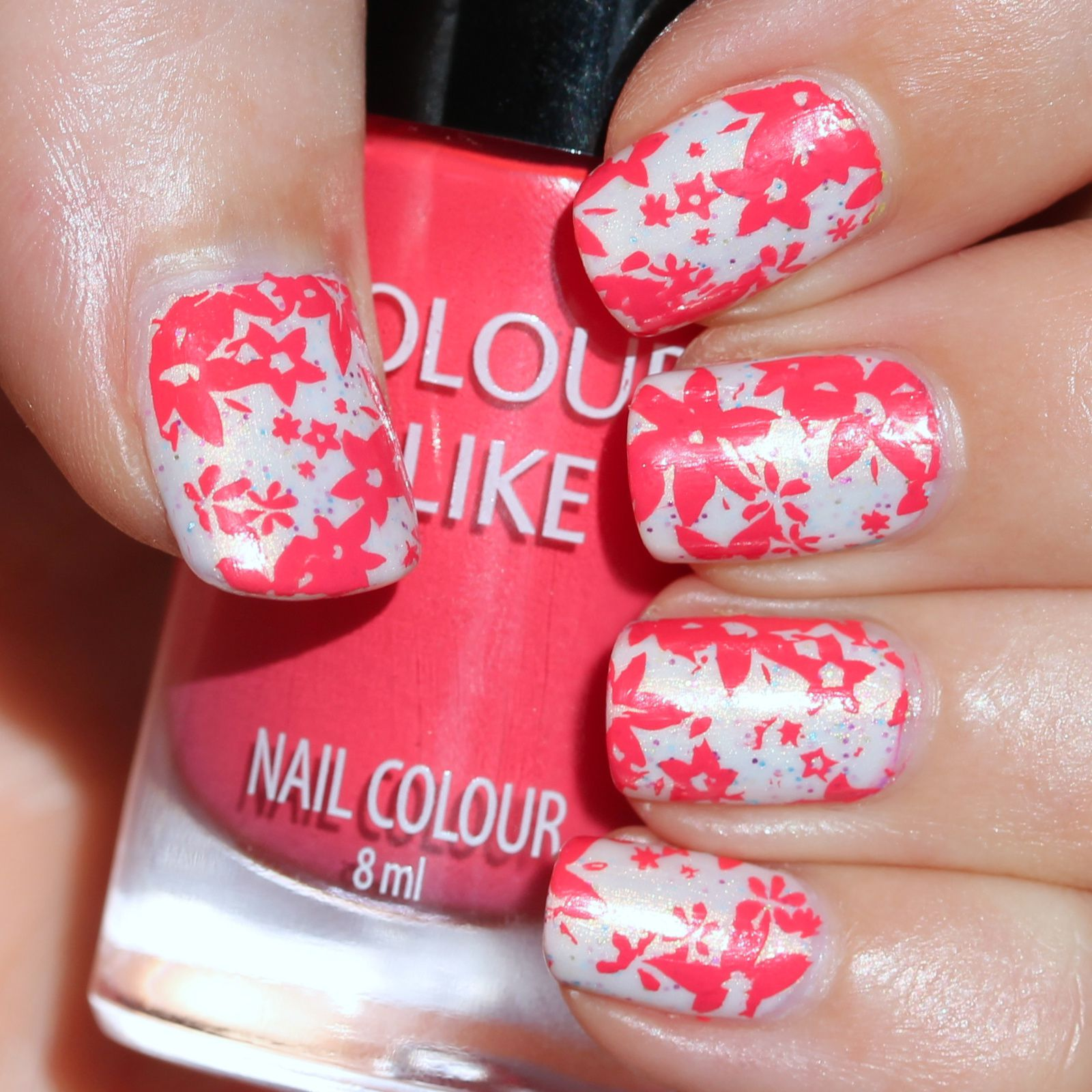 Sally Hansen Complete Care 4-in-1 Extra Moisturizing Nail Treatment / Polish Addict Nail Color Jellyfish I /  Colour Alike Sunset & Moyou Pro Collection 06 stamping / Konad Top Coat