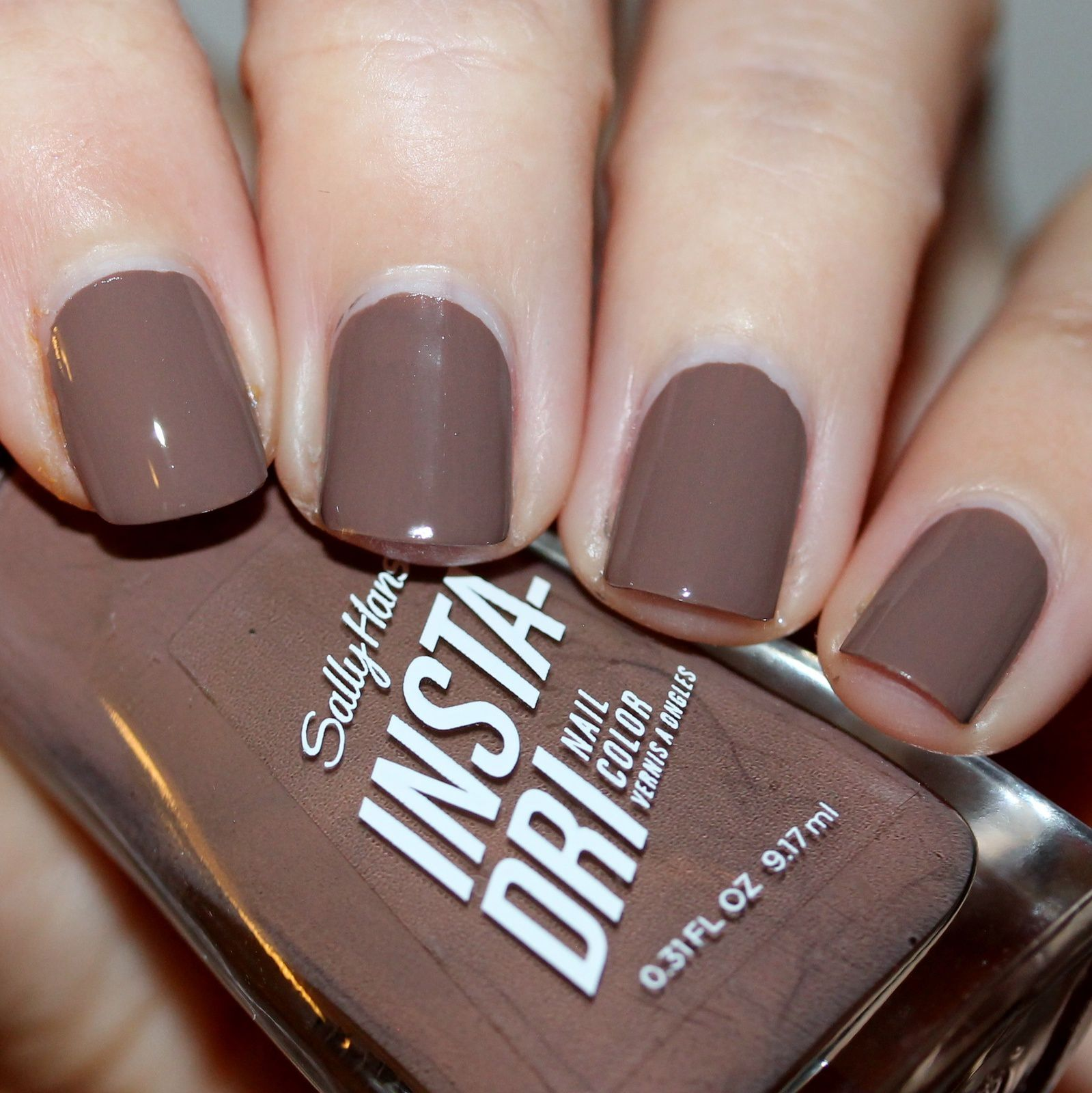 Sally Hansen Taupe To Go (163)
