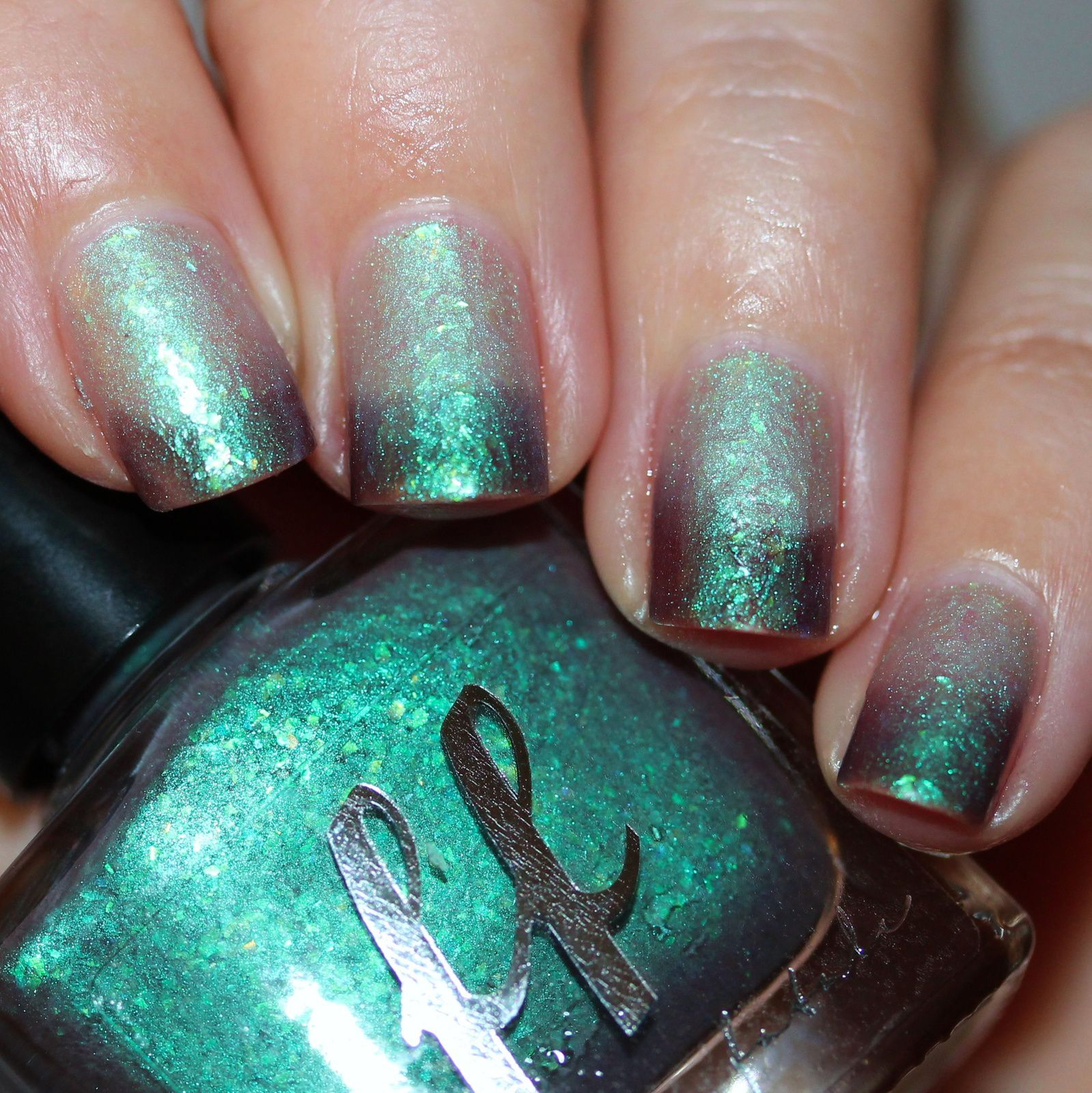 Femme Fatale Cosmetics Trees talking in Their Sleep (Thermal) (3 coats, no top coat)
