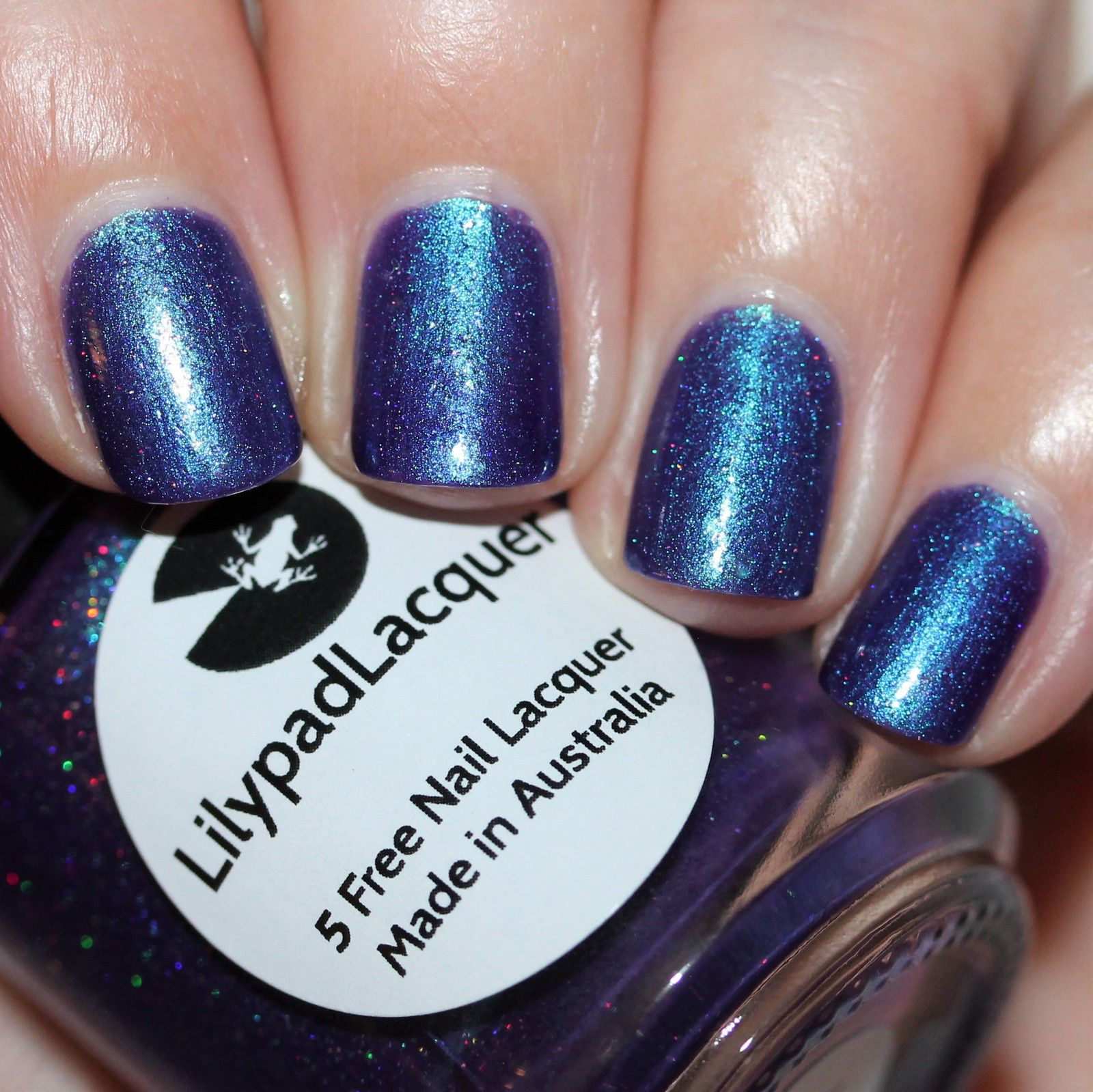 Essie Protein Base Coat / Lilypad Lacquer Fantastical Beast / HK Girl Top Coat