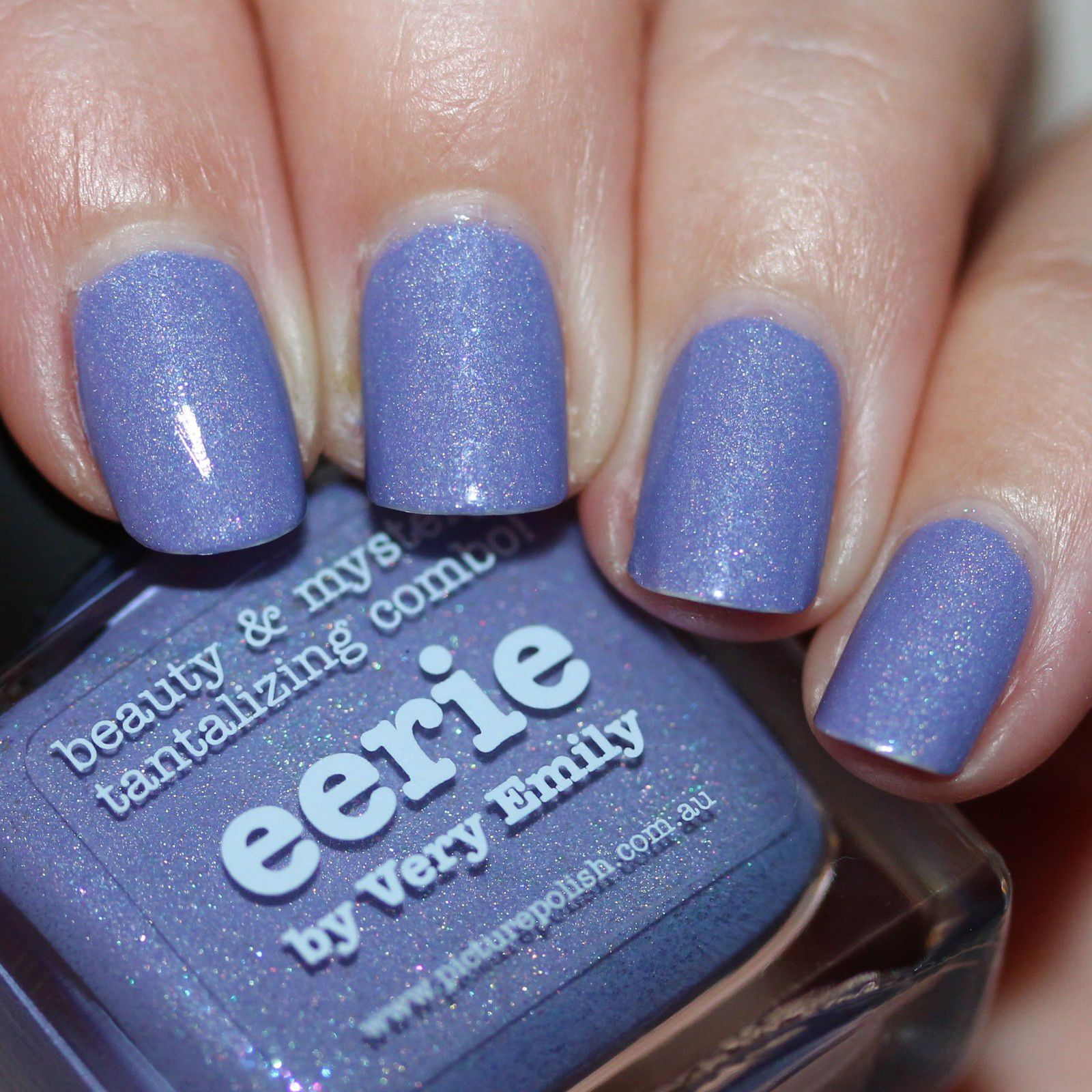 Essie Protein Base Coat / piCture pOlish Eerie / Poshe Top Coat