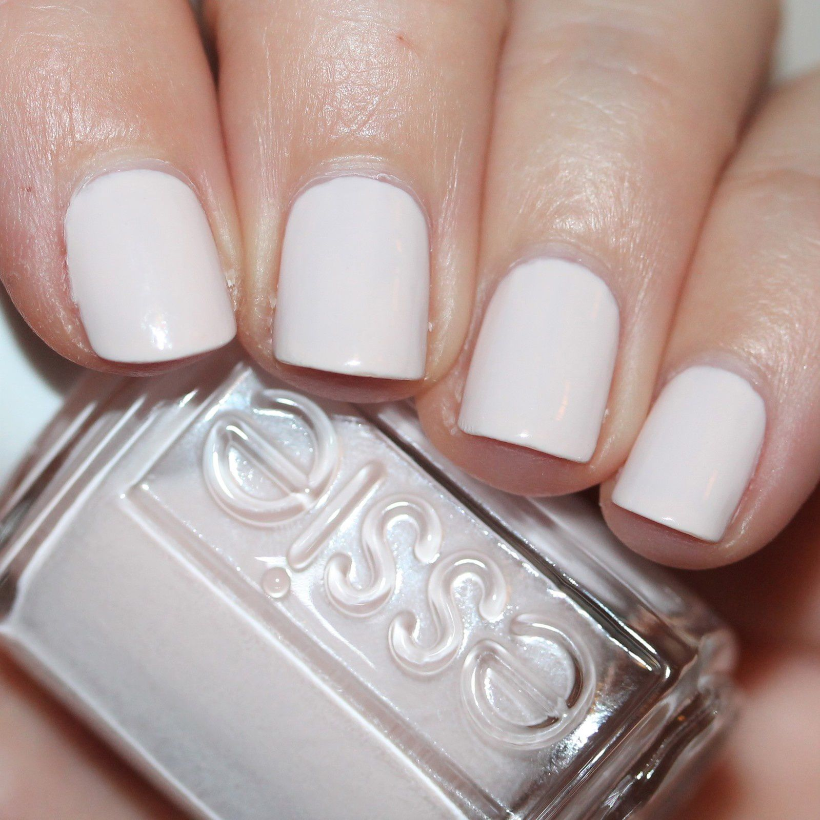 Essie TLC In A Blush / Essie Gel Top Coat
