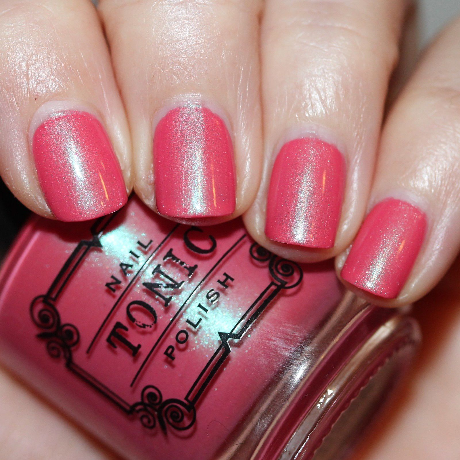 Essie Fill The Gap Base Coat / Tonic Polish Endless Shrimp / Essie Gel Top Coat