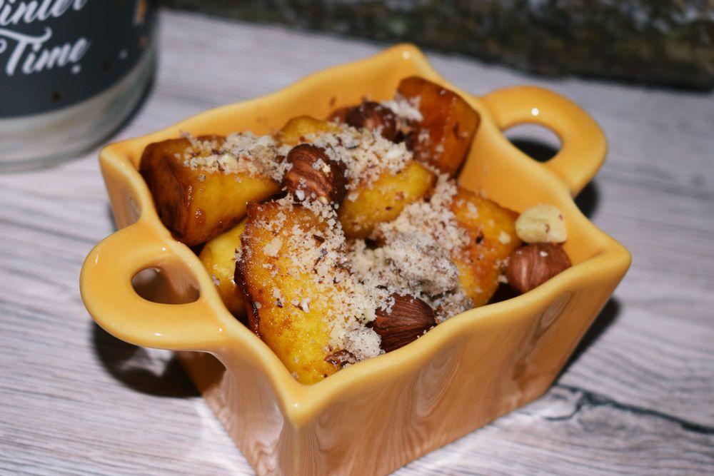 Pomme cuite caramélisée aux noisettes