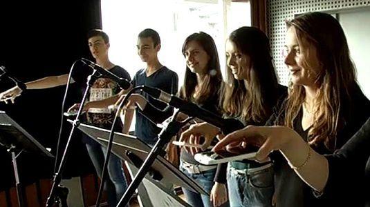 D'autres élèves explorent aussi ce défi musical.