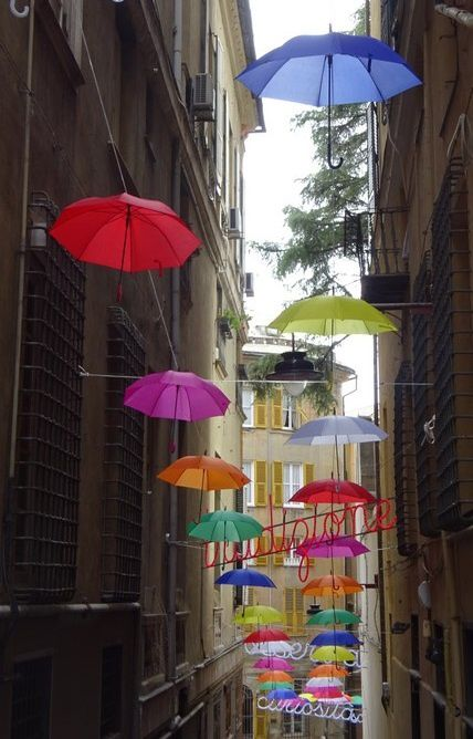Rue des parapluies ( N° 1856 )