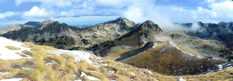 Pic du Gourguet 2619m. et le lac