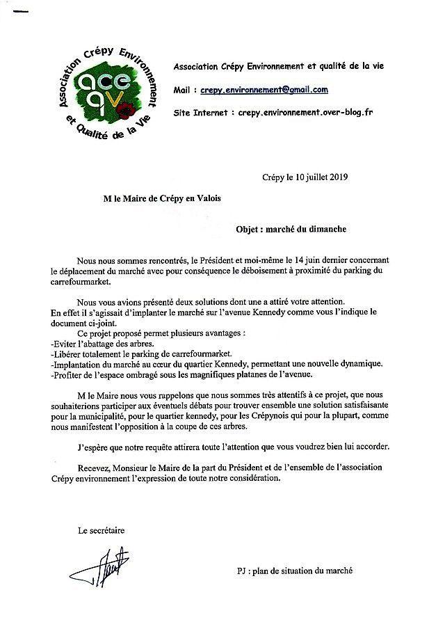 Communauté de communes du pays de Valois : le marché dominical de Crépy en Valois