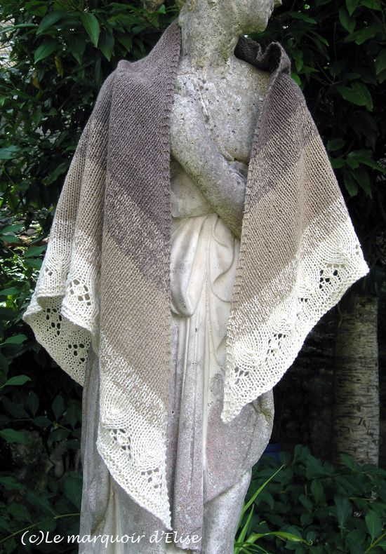 3dfd74efef98 That s the Three-colour shawl, a free pattern from the Laine et Tricot blog.