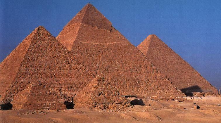 Les pyramides cachées, au cœur du secret