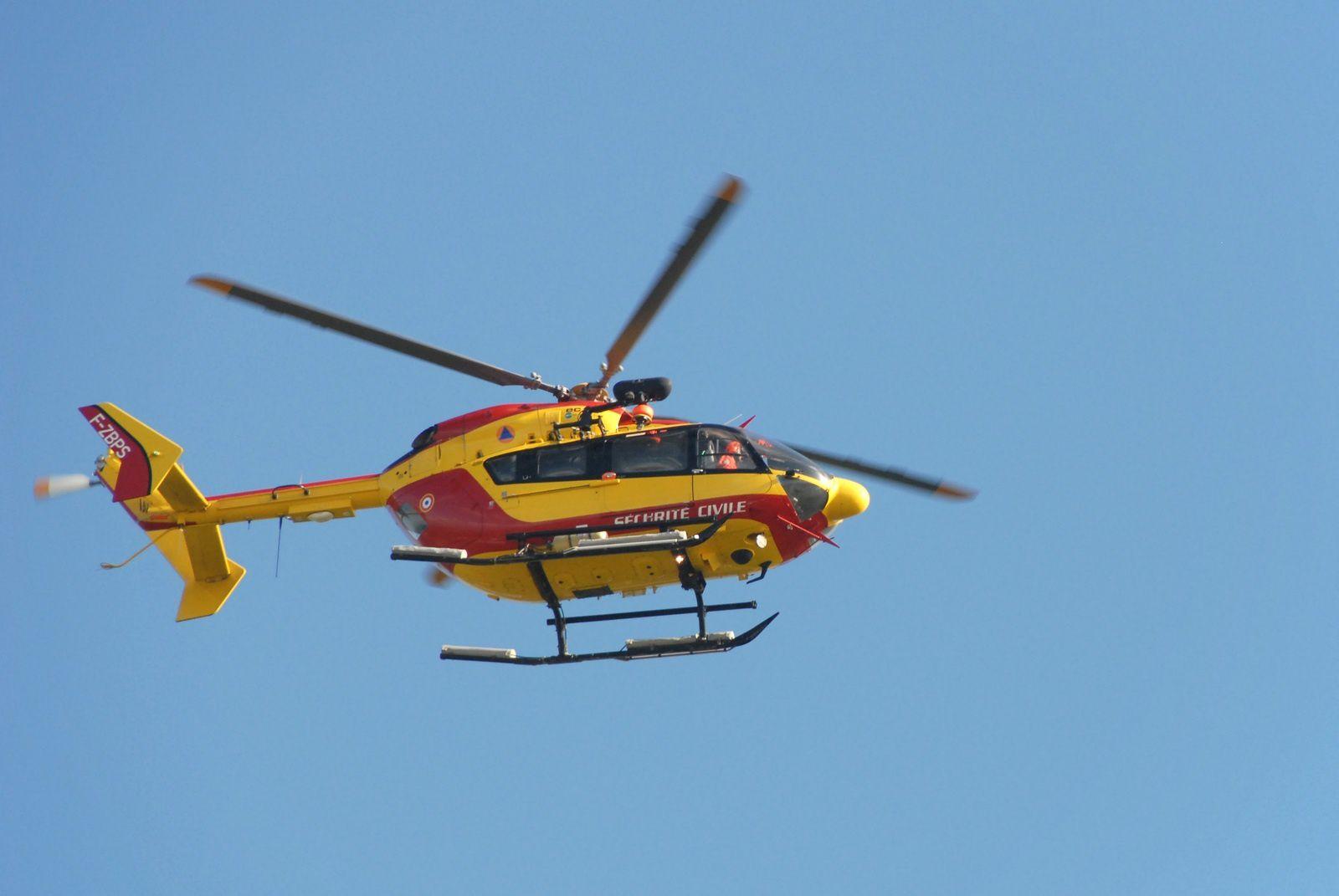 Guadeloupe (972) - L'hélicoptère de la sécurité civile est de retour
