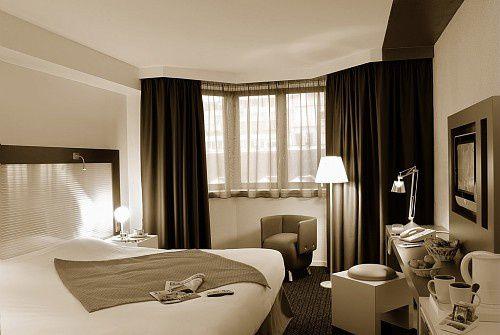 Une nuit à l'hôtel payée, une offerte... je prends !