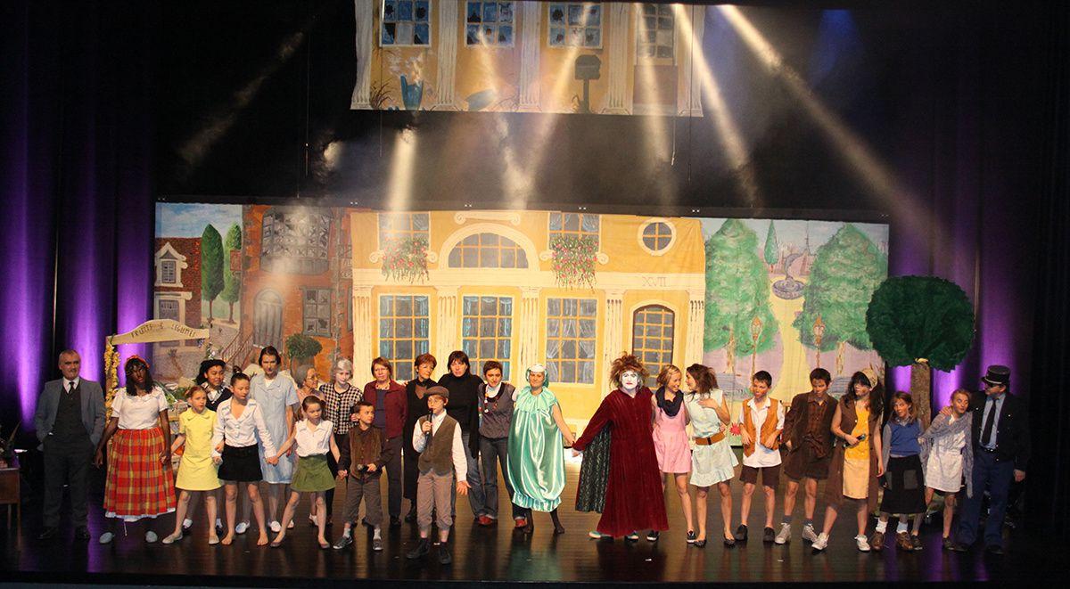 Norbert Sweets en Balade a Belleville une comedie musicale originale en 6 tableaux.